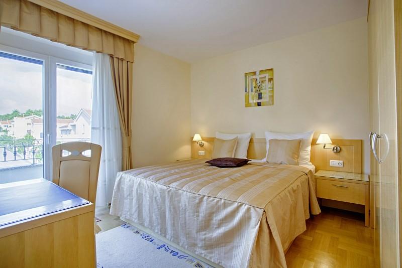 ferienwohnung zadar 3 personen kroatien dalmatien. Black Bedroom Furniture Sets. Home Design Ideas